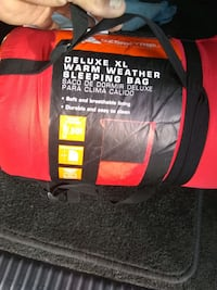 Ozarik trail deluxe XL warm weather sleeping bag black and red new.