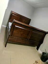 Queen bedroom set Brampton, L6T 0C1