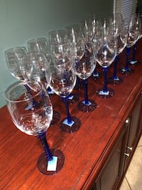 Blue stem wine glasses 19 etched with bunch of grapes   Vaughan, L6A 1T4