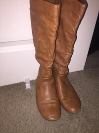long brown boots size 8 Vancouver, 98665