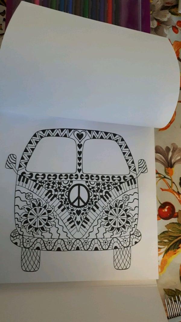 Coloring book with coloring pencils and sharpener 01427733-a0ff-4f61-a333-8358060f46ca
