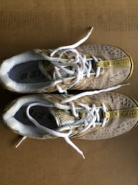 Running Shoes for Lady null