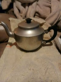 black and gray kettle /Avon China Grove, 28023