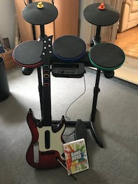 Wii drum & guitar with Band Hero game Holbrook