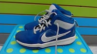 (225A) Boy's Sneakers NIKE Size 2 YOUTH