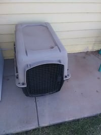 white and black pet carrier Yuma, 85364