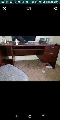 Desk for sell  Virginia Beach, 23453