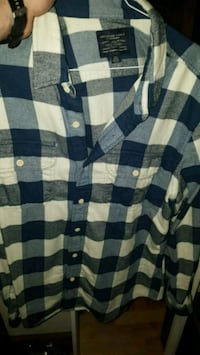 Chemise American Eagle bleu taille L Montreal, H2L 4J1