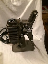 Vintage Revere Projector with Case and Screen Marana, 85743