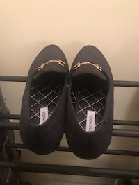 Pair of steve madden loafers New York, 11367