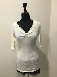 Cream Shirt from guess size M/L