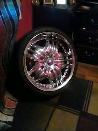 black and silver car wheel