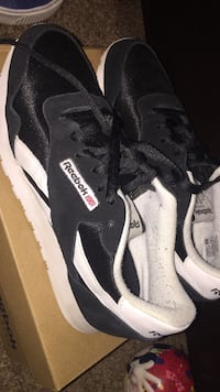 Black-and-white Reebok low-top sneakers