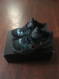 Kobe's size 10s (new condition wore 3times exactly) Hagerstown, 21740