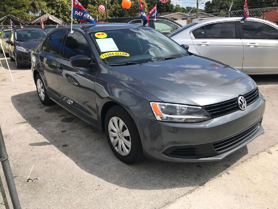 Buy Here Pay Here Miami >> Used 2013 VW Jetta in Miami