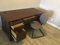 Brown wooden desk with  chair Las Vegas, 89103