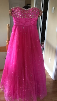 pink beaded sweetheart sleeveless gown size 8