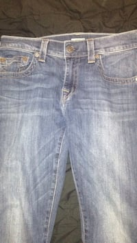 Real true religion jeans good condition like new  size 32 bought it for 200 asking 70 or 80