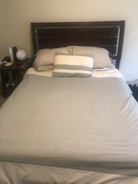 Queen bed frame/ mattress / box spring  Hollywood, 33021