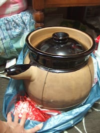 big Chinese traditional cooking Sand / clay Pot ,1