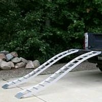 CargoSmart Aluminum S-Curve Fixed Ramp Pair, 90-in Dunnville, N1A 1P4