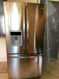 stainless steel french door bottom refrigerator Surrey, V3S 1Y1