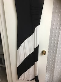 White and black maxi dress Dress Barn Size 12. Worn once. Scoop neck. Long Virginia Beach, 23452