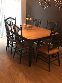 Table, six chairs, and table leaf  Greenville, 02828