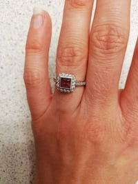 14k White Gold, 1 carat of diamonds Port Coquitlam, V3C 1J7