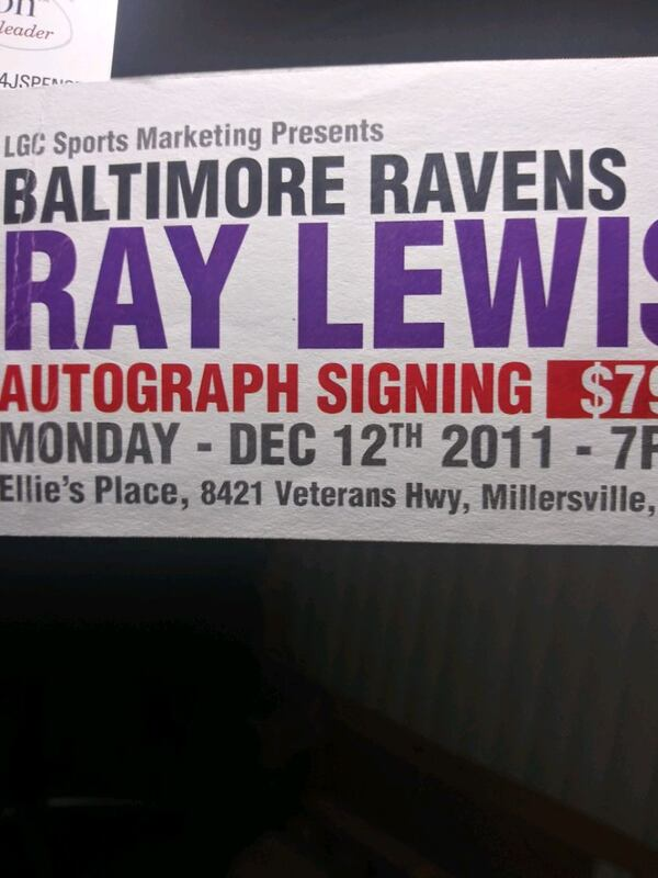 Ray Lewis Signed. Ravens Ridell hekmet. 9