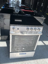 Freestanding Electric Range - GE Appliances  River Rouge