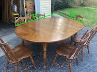 Solid wood dining room table with 6 chairs  Lewisberry, 17339