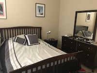 Like new queen bedroom set Cary, 27519
