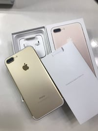 iphone 7 plus gold with original box(ear phone, charger) 페어팩스, 22033