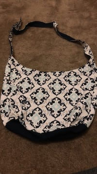 white and black floral hobo bag San Diego, 92126