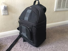 Camera bag: LowePro SlingShot 300 AW  - large portable
