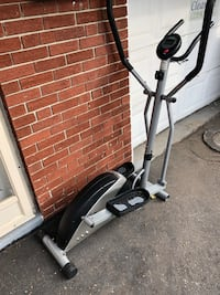 Black and gray elliptical trainer. Mechanical part working well. Screen not working. Toronto, M6B 3N1