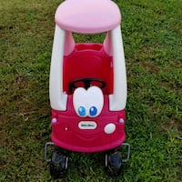 Pink little tikes cozy coupe car Palm Bay, 32907