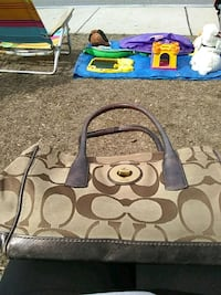 Coach purse Haverhill, 01835