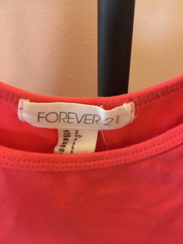 Size s forever 21 pink fitted dress 2160db11-7fb2-4000-8882-dadb0ba85bc7