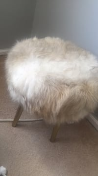 Antique White and brown fur stool chair New York, 11236
