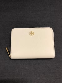 Tory Burch Zip Wallet in Ivory Mississauga