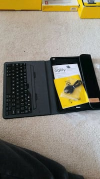 OtterBox portfolio with keyboard for iPads Mississauga, L5N 6Y9
