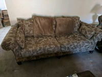 Couch and loveseat Hollister, 95023