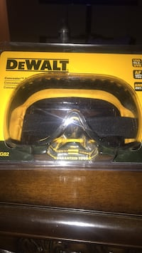 black and yellow DeWalt Dual Mold Goggle Sterling, 20164