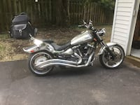 silver and black cruiser motorcycle Gaithersburg, 20877