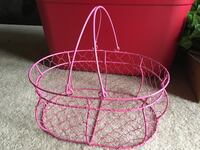 """Pink wire basket. 13"""" x 9.5"""" x 5.5""""H. Perfect condition! San Marcos, 92078"""