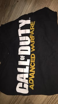 call of duty shirt mens size  small