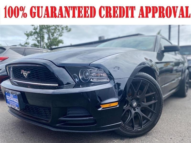 Ford Mustang 2013 68ce177d-bea9-4a78-96fe-eded34c9dc38