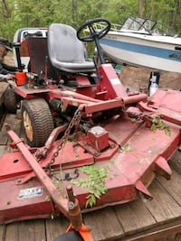 1995 Toro Goundmaster 322D multi-use lawn tractor) Baltimore
